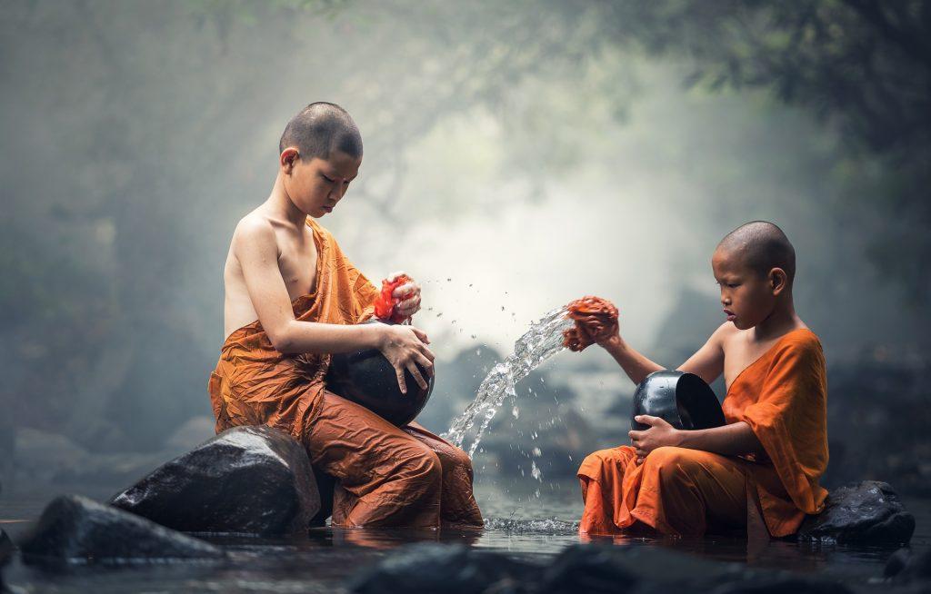 В идеале вся жизнь становится медитацией - непрерывным сознаванием происходящего